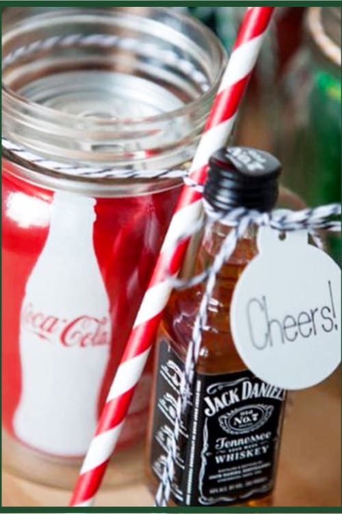Mason Jar Gifts for Christmas DIY Mason Jar Christmas Gifts and Crafts - Easy Mason Jar Christmas Gift Ideas for Homemade Holiday Gifts for Neighbors, teachers, friends, co-workers and family. Easy DIY Christmas mason jars and Christmas mason jar decorating ideas - how to decorate mason jars for Christmas gifts - DIY Mason Jar Gifts and Cute Mason Jar Ideas For Christmas Presents - Mason Jar Jack and Coke Gift Ideas