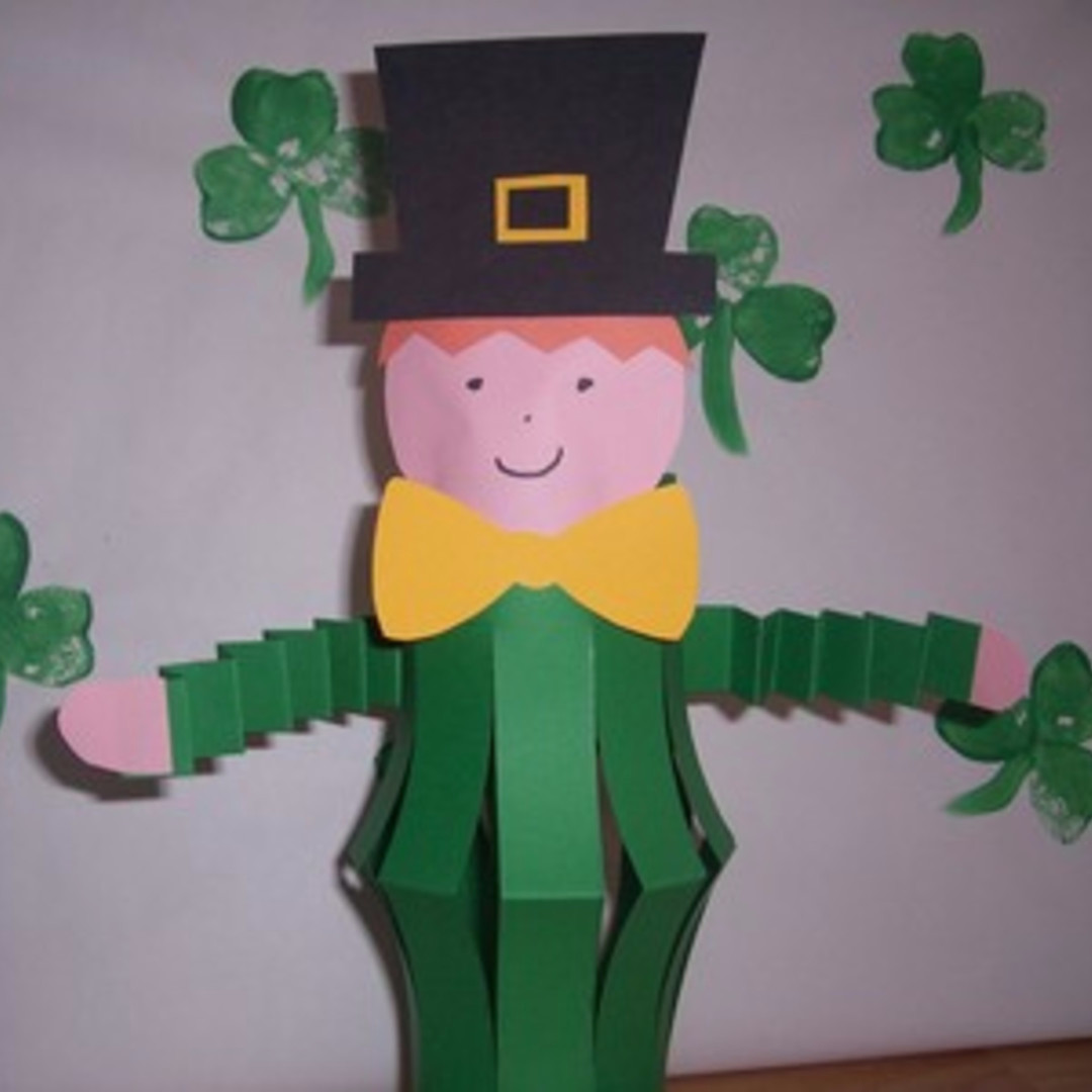 St Patrick's Day Crafts for Kids - Fun and easy St patricks Day craft ideas for toddlers, preschool, kindergarten, pre-k, Sunday school, classroom and home #stpatricksdaycrafts #craftsforkids #stpatricksdaycraftideas #stpatricksday #stpaddysday #stpatricks #easycraftsforkids #preschoolcraftideas #toddleractivities #preschoolcraftideas