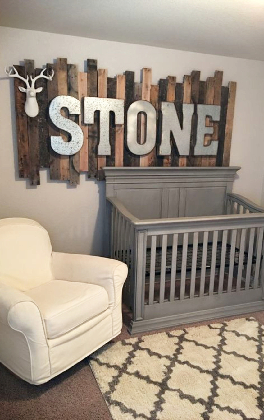 Nursery Ideas and Baby room ideas for baby boy - rustic nursery ideas - super cute and easy DIY nursery decorating ideas to copy. #nurseryideas #babyroomideas #babyboyroomideas #boynurseries #babyboyrooms #boynursery #babyboy #rustichomedecor #diyhomedecor