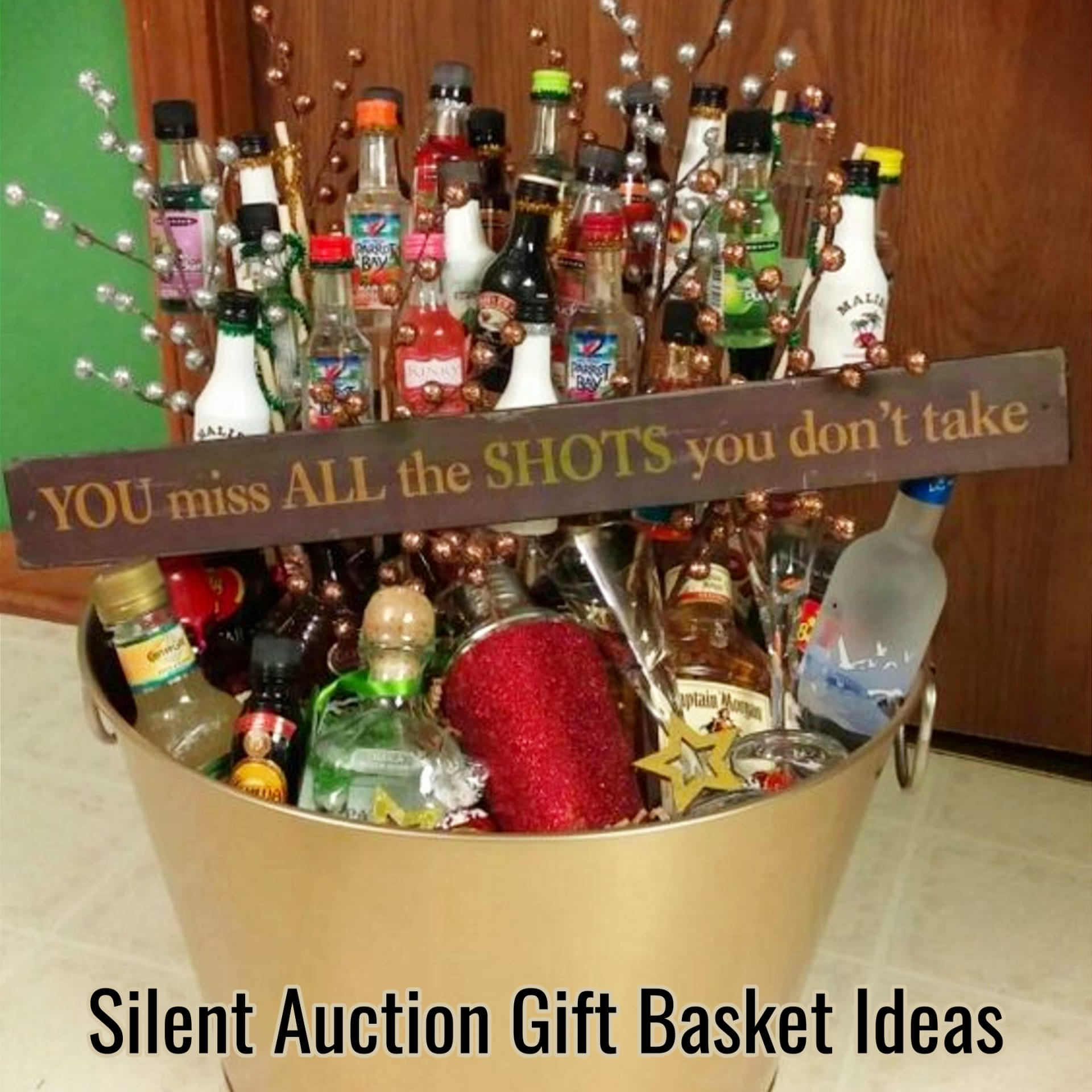Silent auction gift basket ideas and raffle basket ideas for fundraisers and schools fundraising evens.  Unique and creative silent auction gift basket ideas