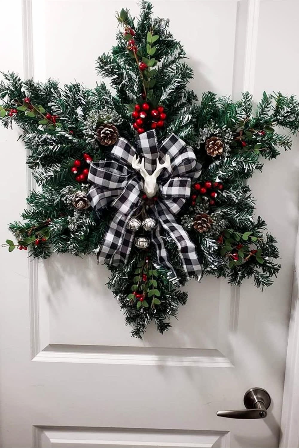 Diy Farmhouse Christmas Decor And Country Style Christmas Decorations For Your Home