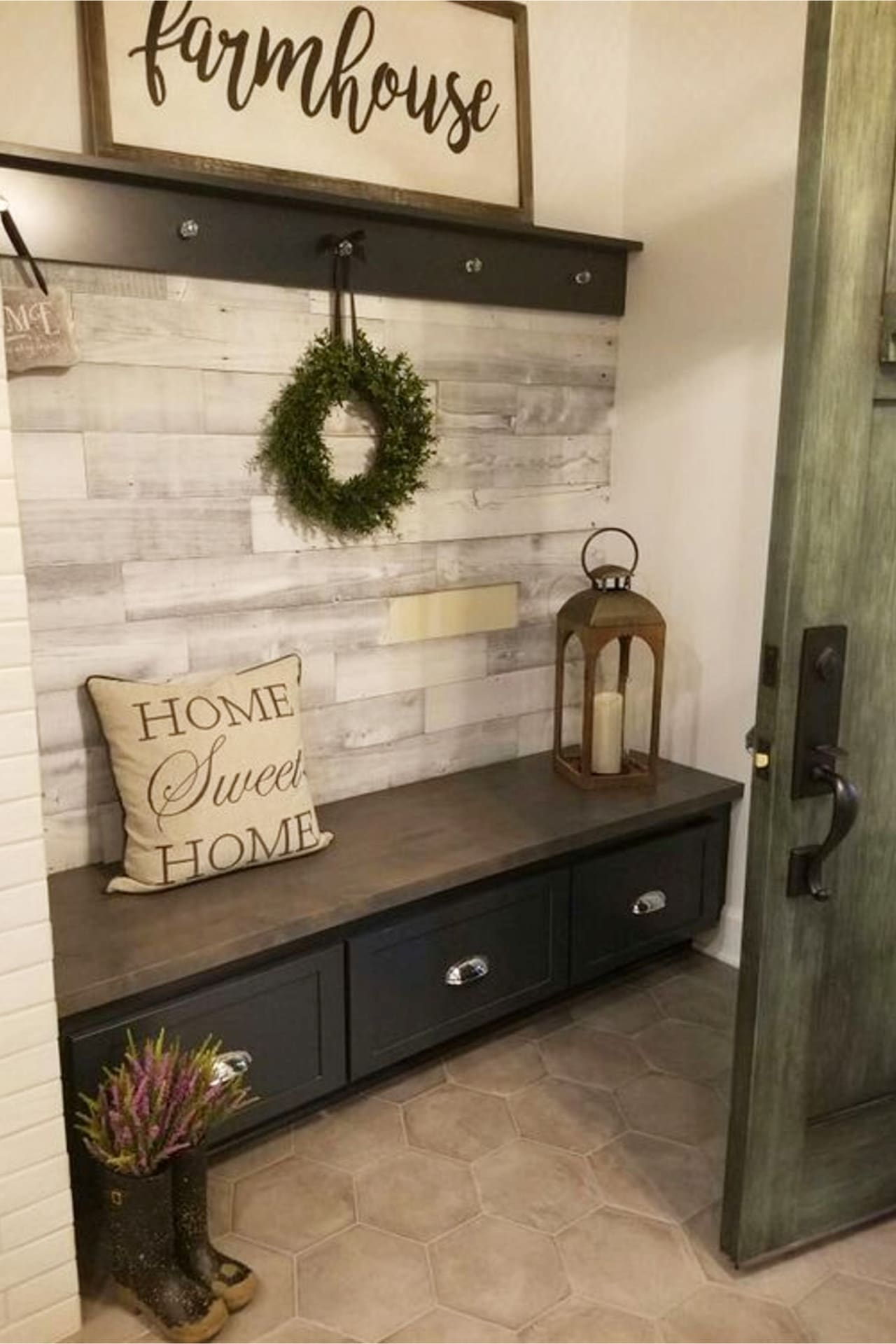 mudroom ideas - easy DIY mudroom ideas - simple mud rooms ideas for entryway way, laundry, entrance off porches and more mudroom ideas