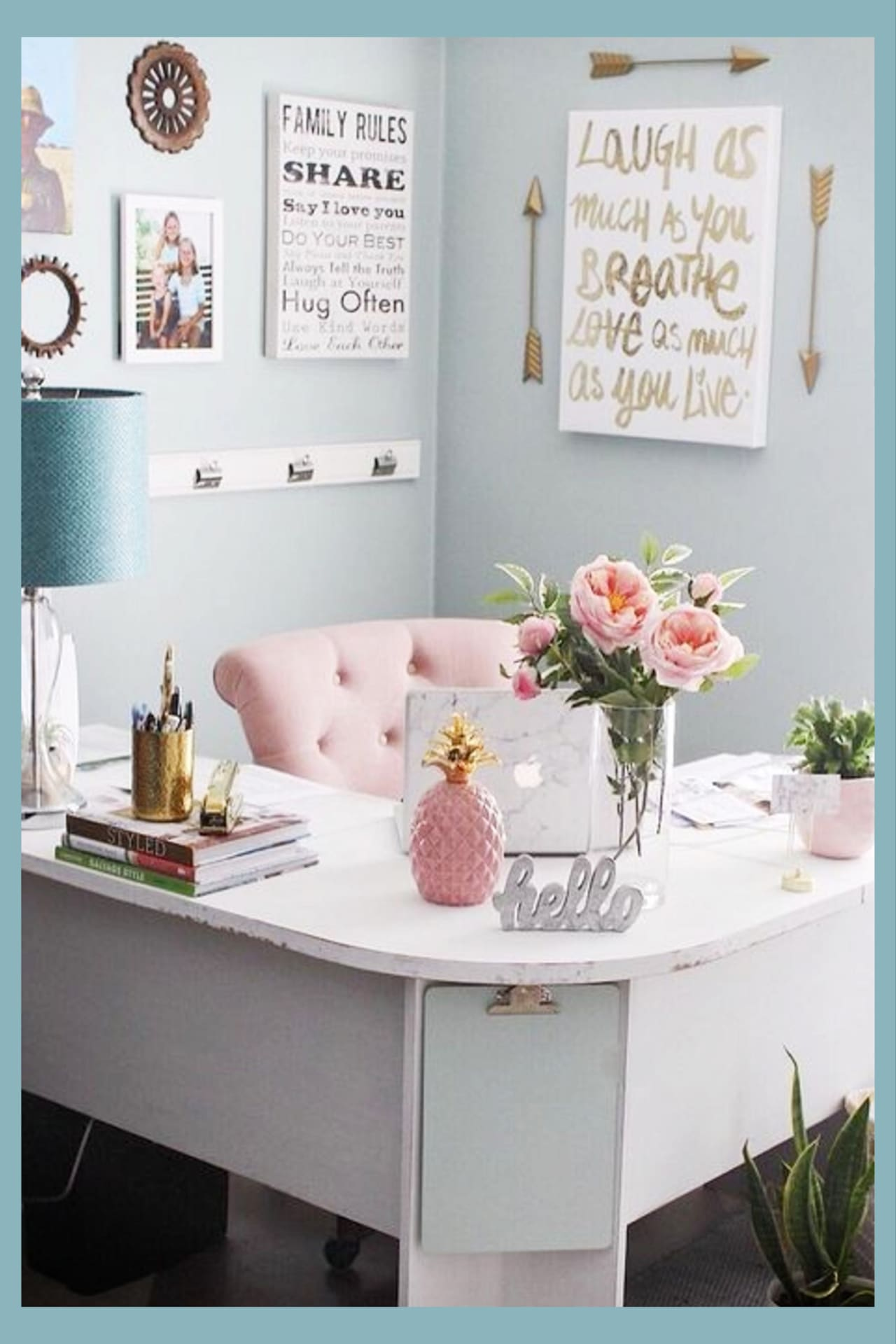Home Office Ideas for Women (even if you're on a budget) Pretty small spaces and glam and elegant home office inspiration