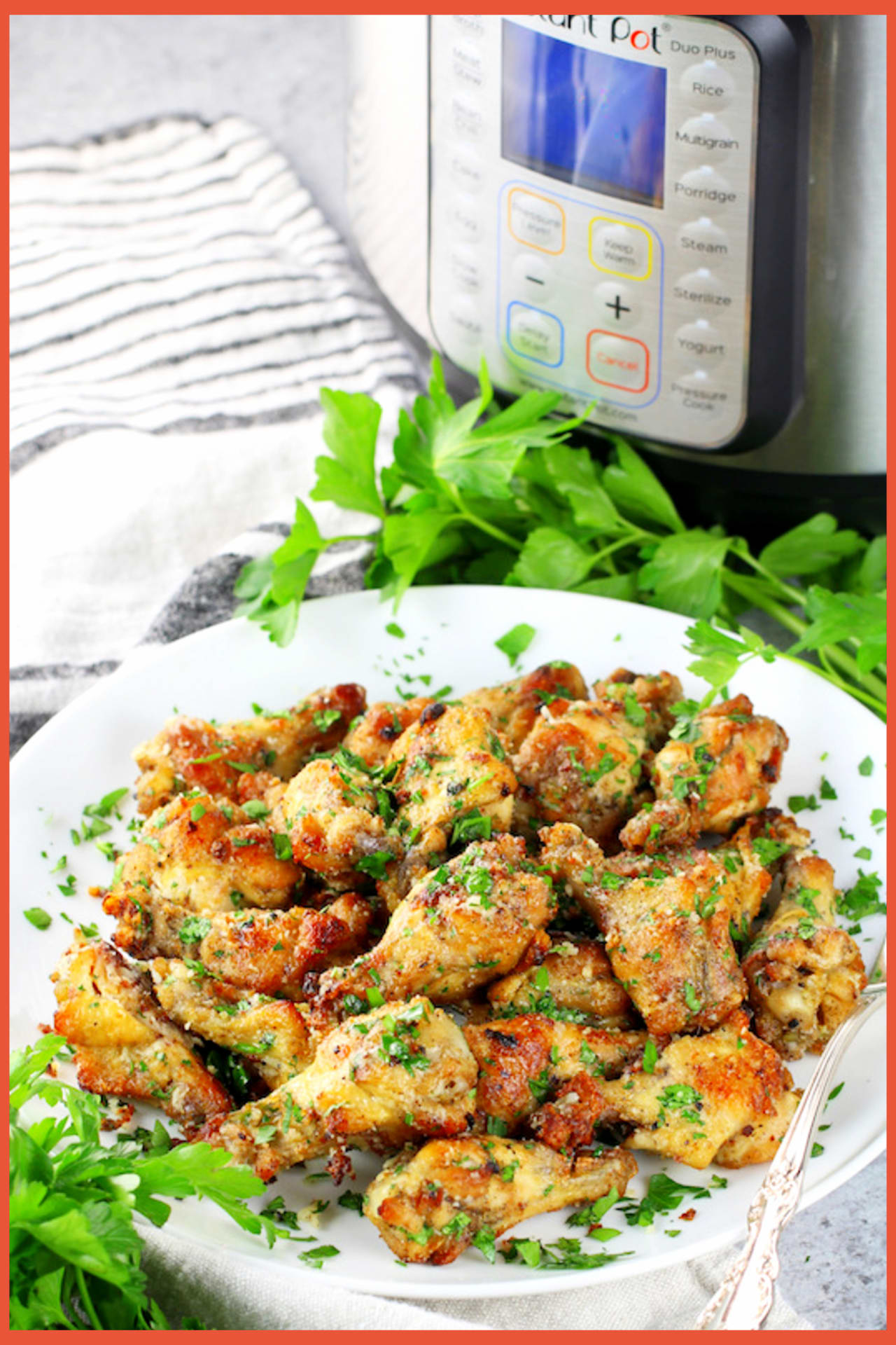 Instant Pot Chicken Recipes For Easy Weeknight Dinners - Super simple Instant Pot chicken wings for easy meals or easy party appextizers