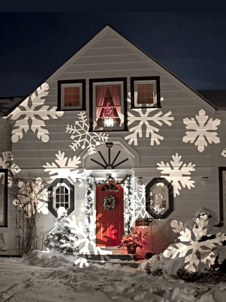 Outdoor Christmas Lighting Projectors – GORGEOUS Ideas For Christmas Lights Projected on Your House (easy-peasy Christmas lights!)