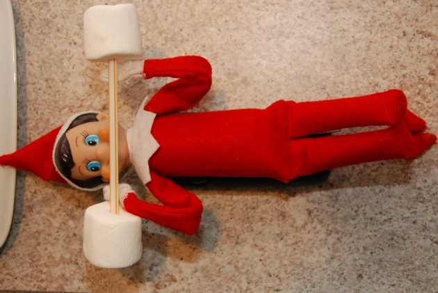 Quick and easy Elf on the Shelf idea for this Christmas