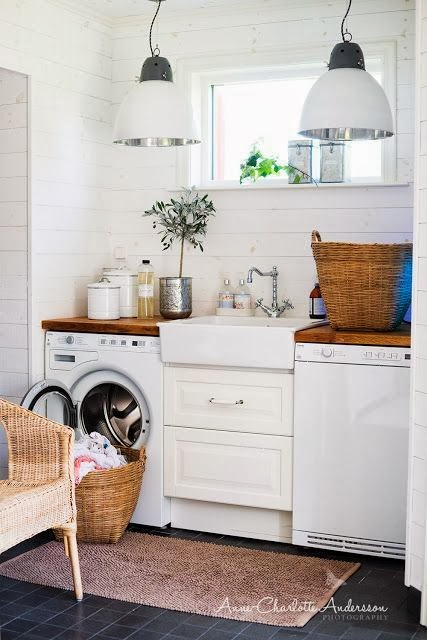 Love The Sink In This Small Laundry Room Very Rustic And Farmhouse Feel To It