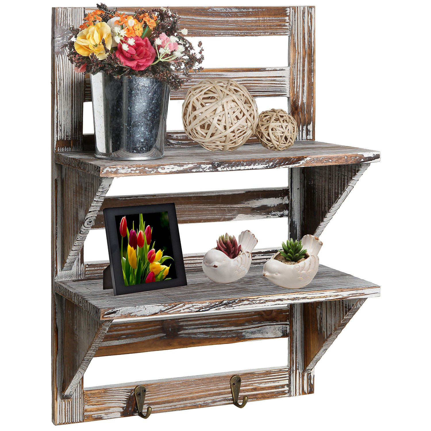 Rustic bathroom shelves idea - great for a small country rustic bathroom
