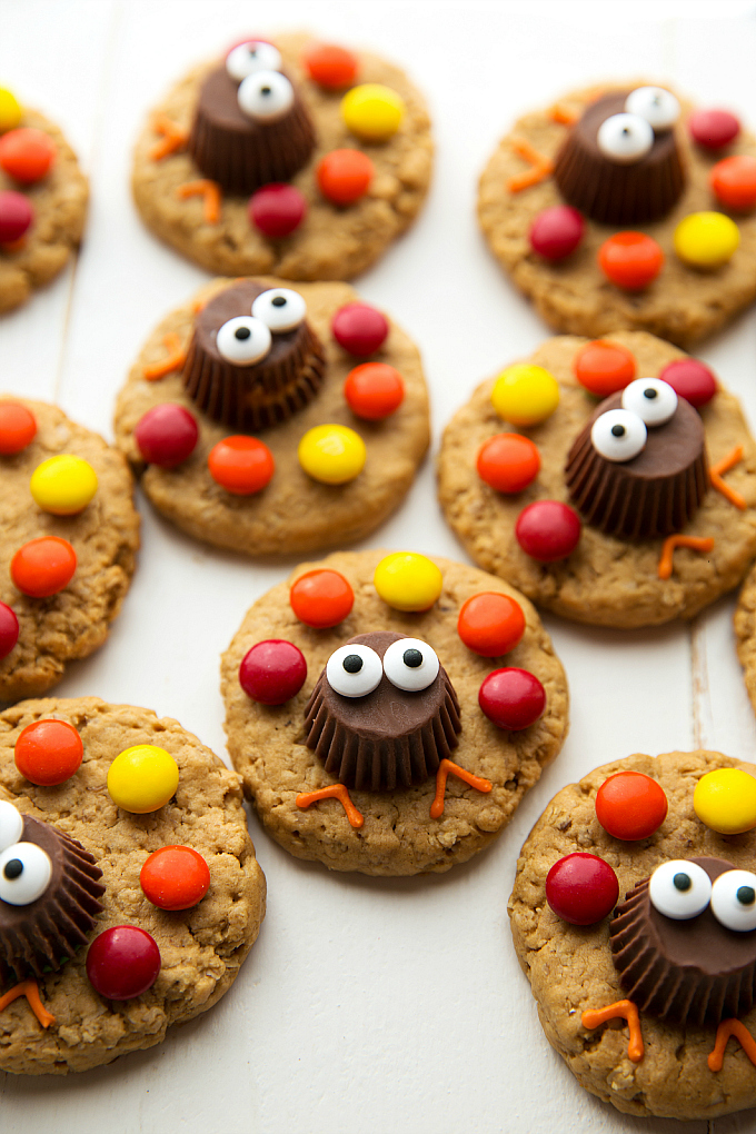 Cute Thanksgiving Cookies Kids Love To Make And Eat