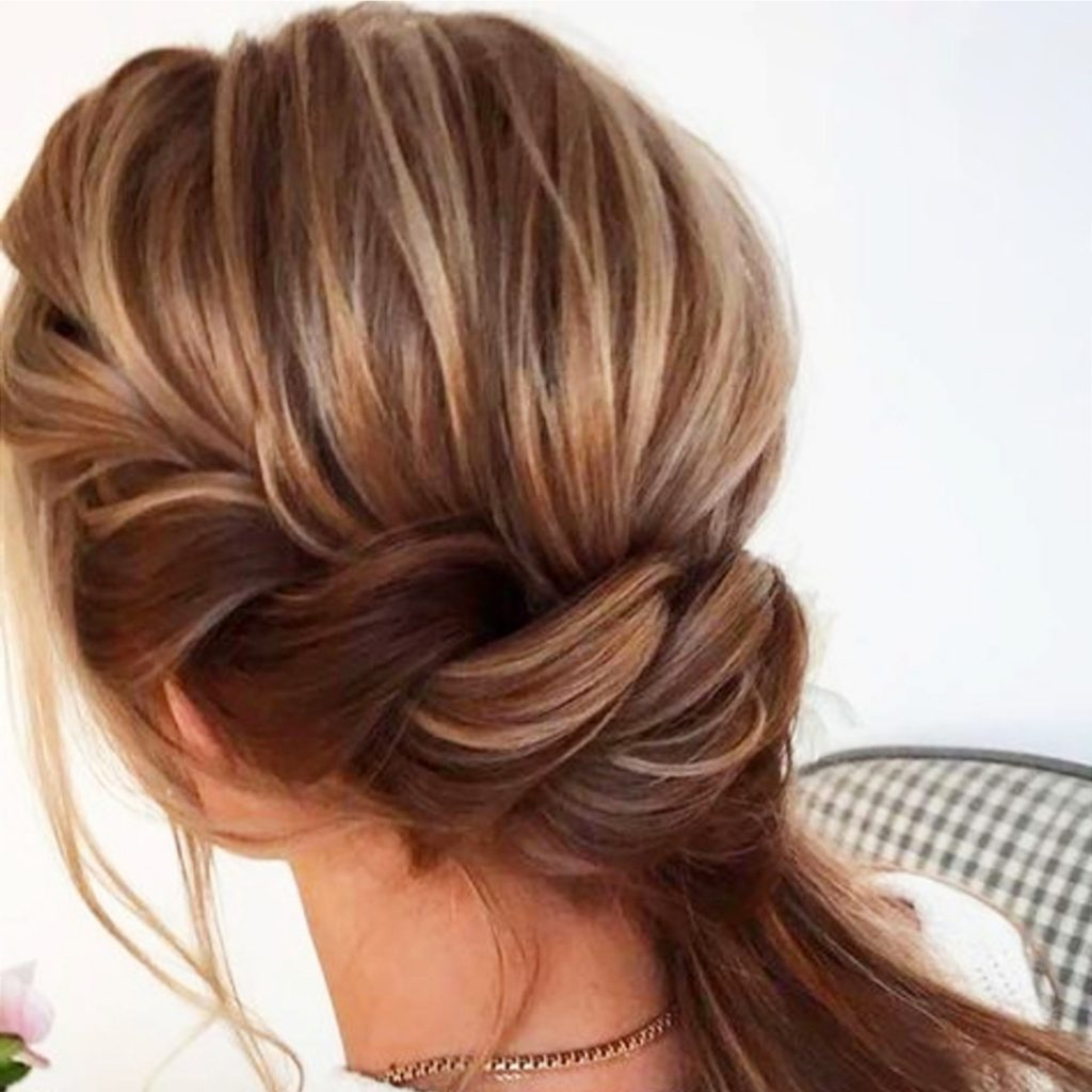 Low twisted ponytails and hairstyle ideas