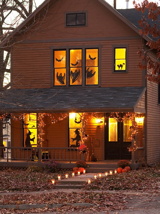 DIY scary Halloween decoration ideas - spooky silhouettes for your windows