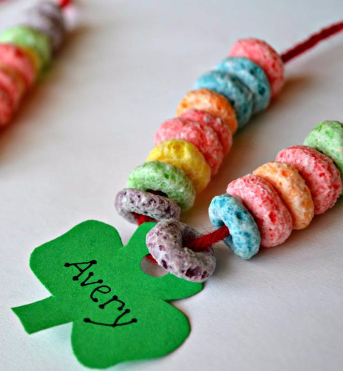 35 st patrick 39 s day crafts for kids easy st paddy 39 s day for Necklace crafts for kids