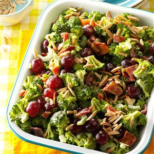 This easy green summer salad recipe is SO good!  And a definite crowd pleaser!