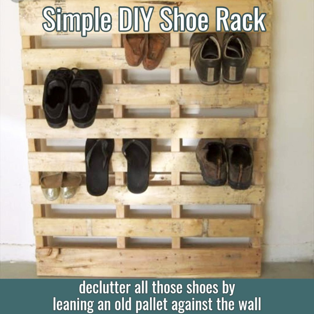 Super simple DIY pallet project - make a shoe rack with an old wood pallet! Genius!