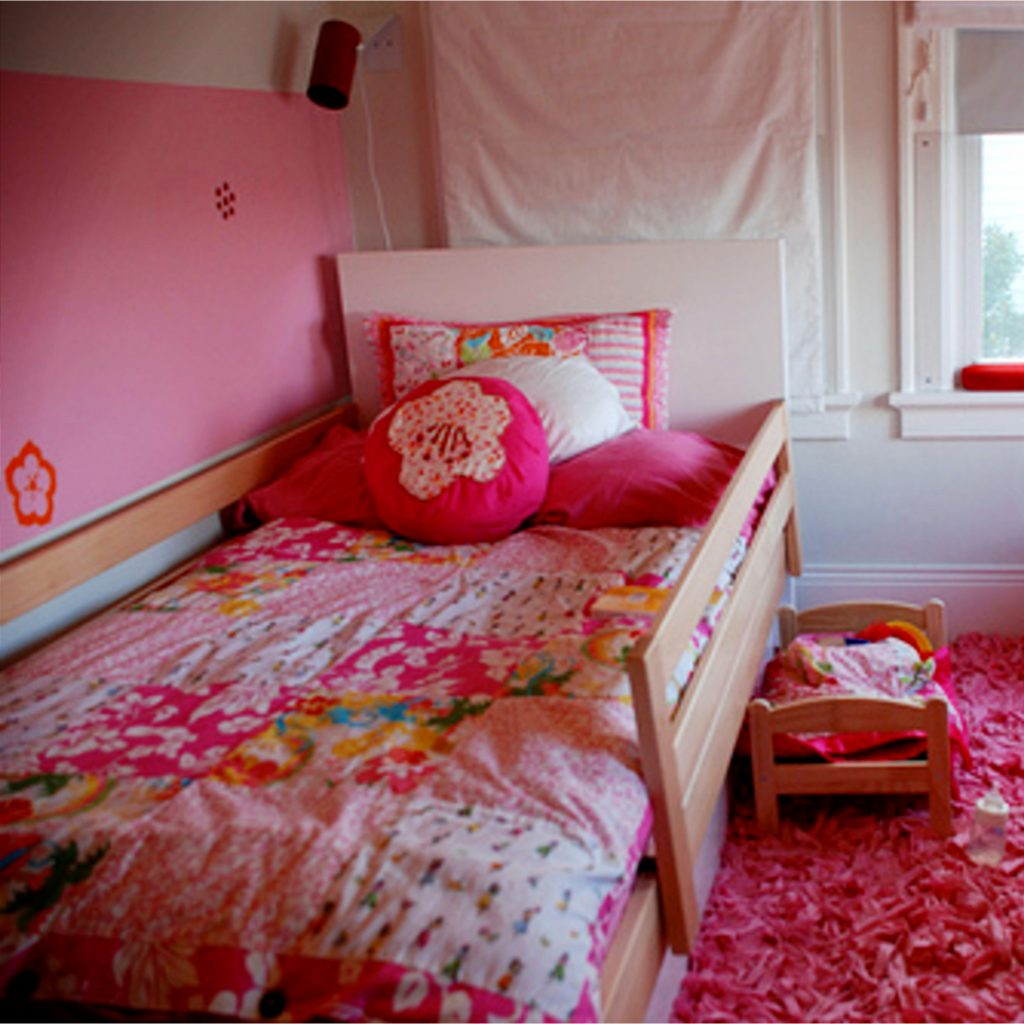 Girls bedroom decorating ideas for little girls bedroom #littlegirlsroom #bedroom #bedroomideas #bedroomdecor #diyhomedecor #homedecorideas #diyroomdecor #littlegirl #toddlergirlbedroomideas #toddler #diybedroomideas #pinkbedroomideas