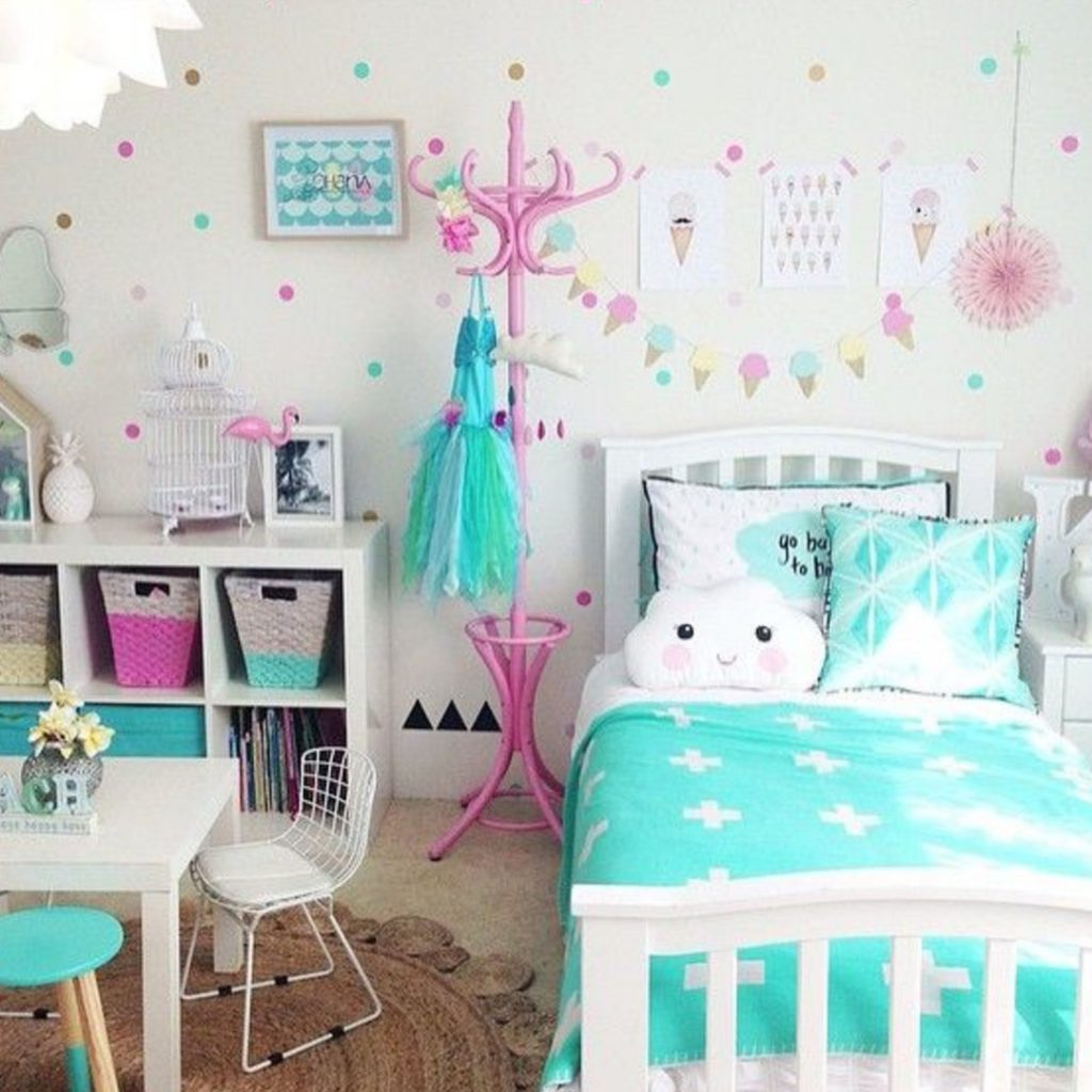 Girls bedroom ideas for little girls and toddler girls #littlegirlsroom #bedroom #bedroomideas #bedroomdecor #diyhomedecor #homedecorideas #diyroomdecor #littlegirl #toddlergirlbedroomideas #toddler #diybedroomideas #pinkbedroomideas