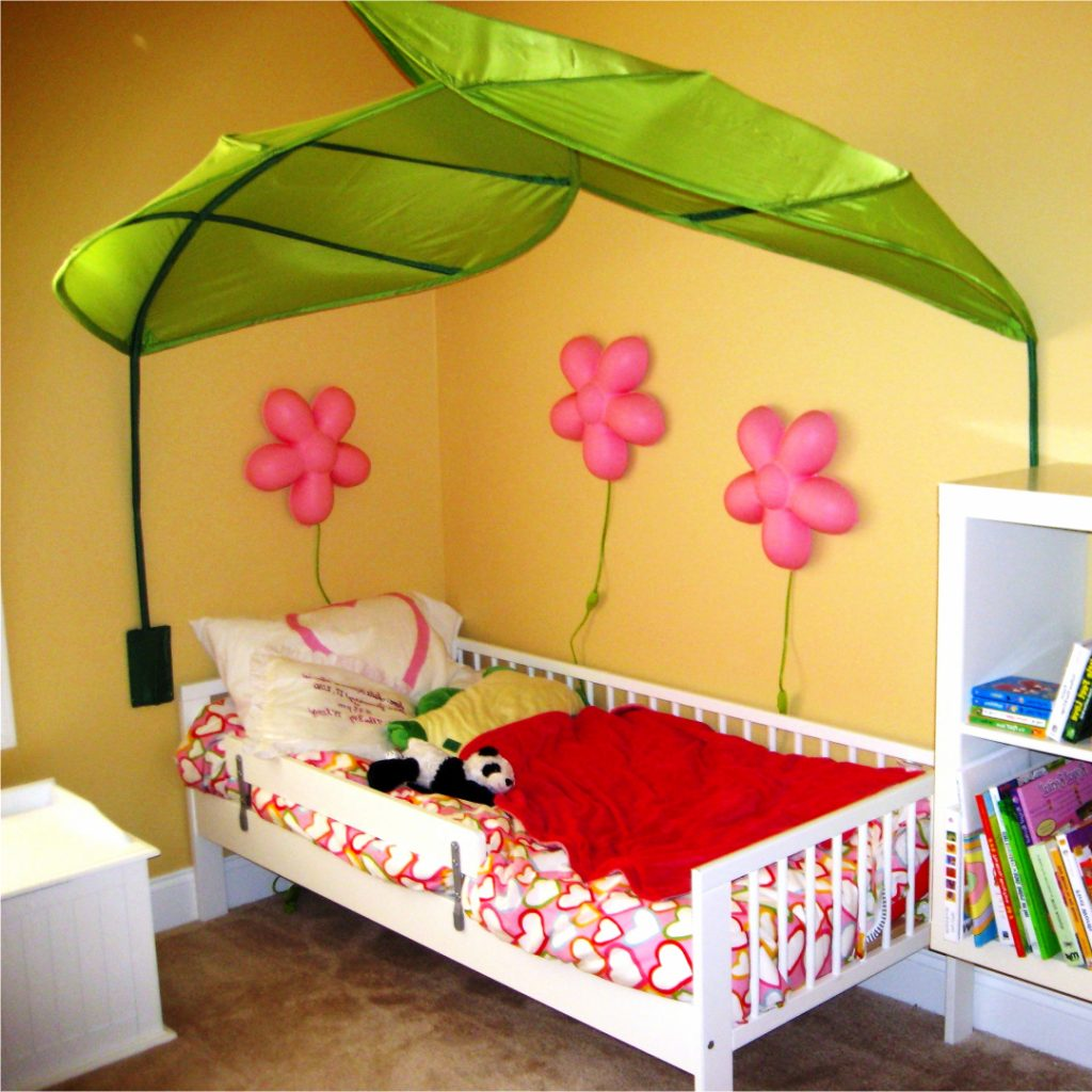 decorating a girl's bedroom - room ideas for your little girl #littlegirlsroom #bedroom #bedroomideas #bedroomdecor #diyhomedecor #homedecorideas #diyroomdecor #littlegirl #toddlergirlbedroomideas #toddler #diybedroomideas #pinkbedroomideas