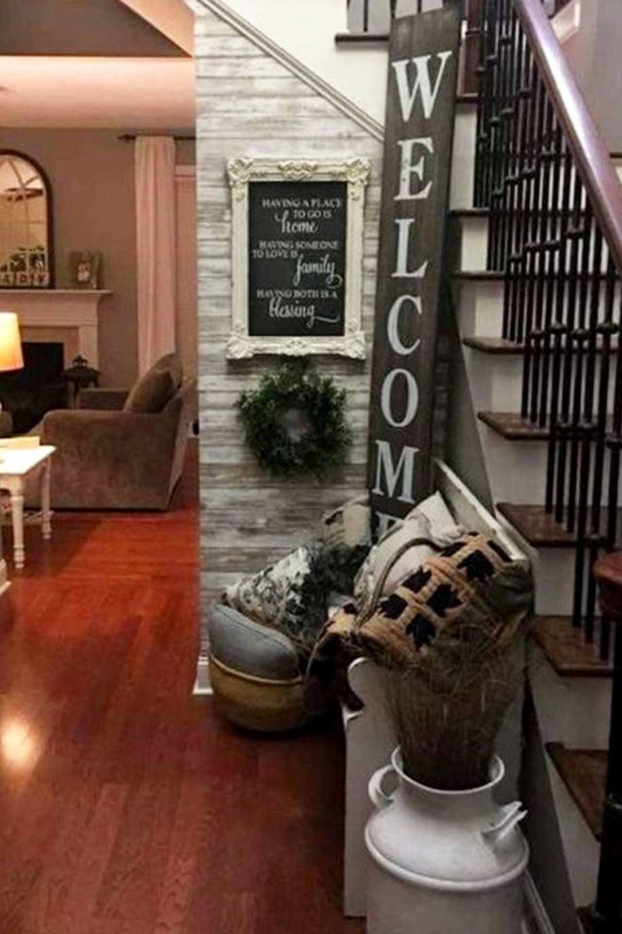 Foyer decorating ideas for an entryway with stairs - Home Decor on a Budget - Charming house decorating ideas for home decorating on a budget - best charming home decor ideas on Pinterest including french country decorating, charming and sophisticated living rooms (and gorgeous elegant small living room ideas in farmhouse cottage decor style and traditional country decor) - romantic decorating ideas with charming house decoration items for your small cozy home or apartment