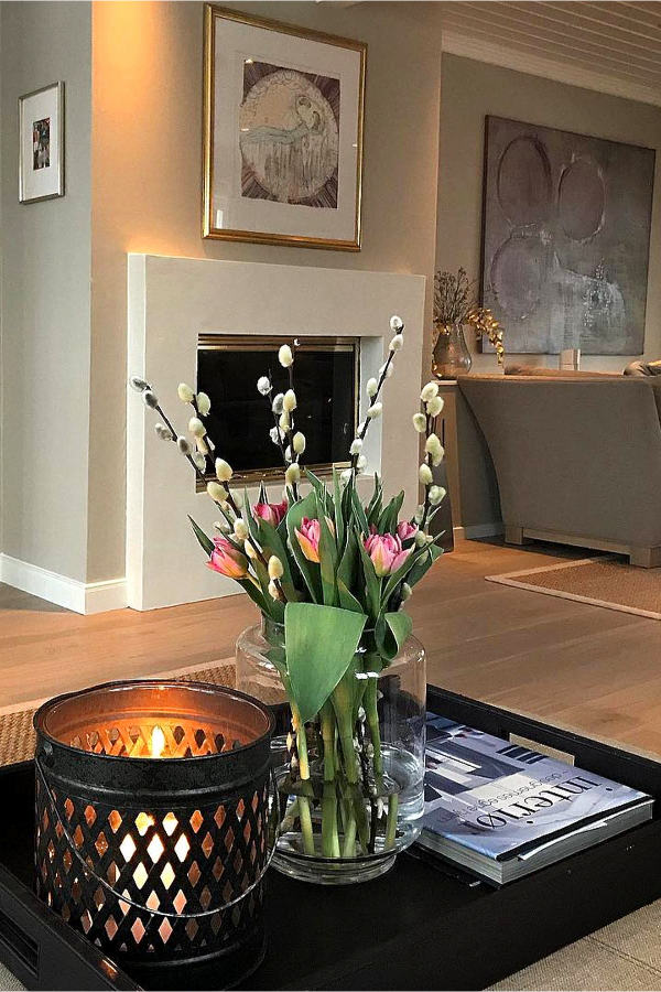 Living room decorating ideas - Home Decor on a Budget - Charming house decorating ideas for home decorating on a budget - best charming home decor ideas on Pinterest including french country decorating, charming and sophisticated living rooms (and gorgeous elegant small living room ideas in farmhouse cottage decor style and traditional country decor) - romantic decorating ideas with charming house decoration items for your small cozy home or apartment