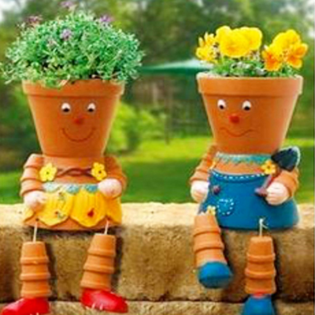 Love these clay pot people made out of flower pots! Ideas for clay pots