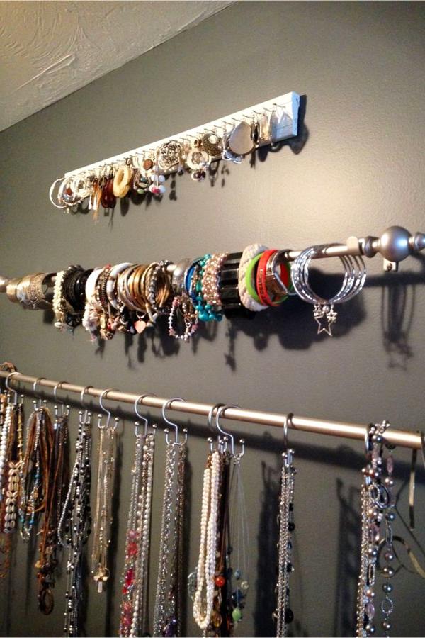 Hanging Jewelry Organizers - Easy DIY hanging jewelry organizer ideas for organizing jewelry
