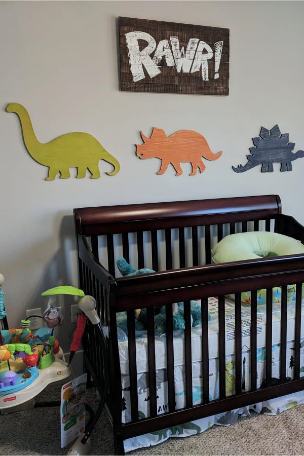 baby boy room ideas pictures - dinosaur theme baby boy nursery - simple DIY baby boy room ideas for small spaces