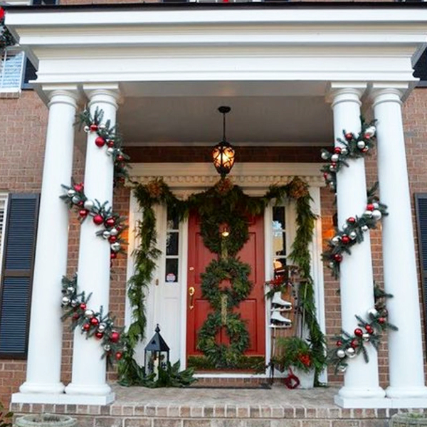 Christmas wreath decorations for front door - DIY triple Christmas wreath ideas