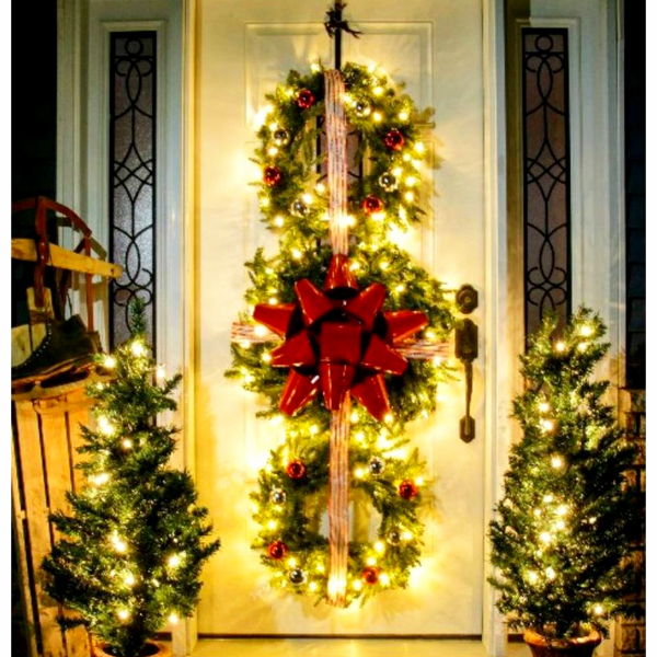 Christmas front porch and door decorating ideas - DIY Christmas wreath trio