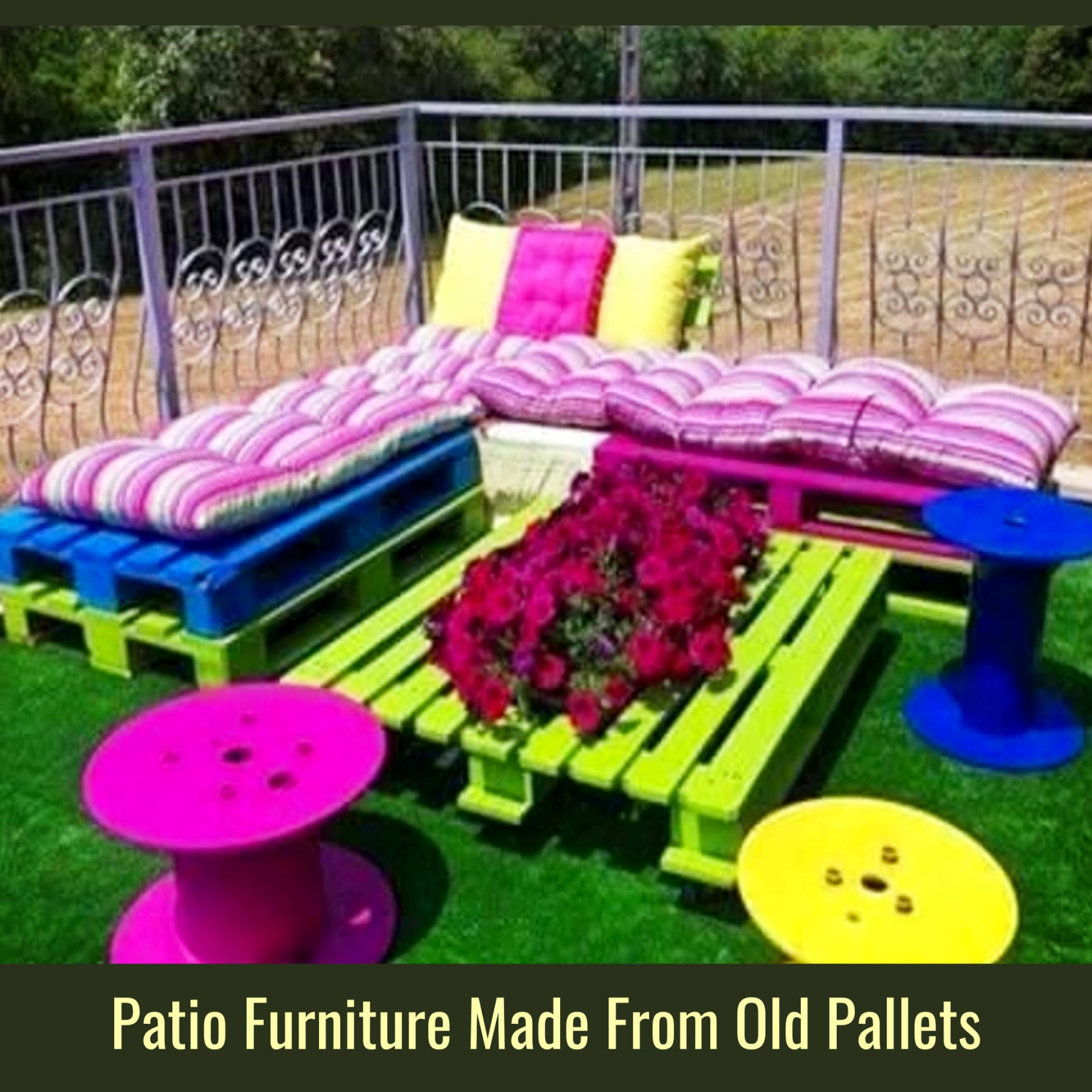 Pallet Projects - Easy DIY outdoor pallet furniture and pallet projects to make or sell - VERY clever pallet projects! Pallet pation furniture for your deck, backyard, garden or porch